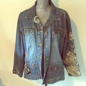 ISO this Chico's Denim And Lace Jacket Size 3 or 4